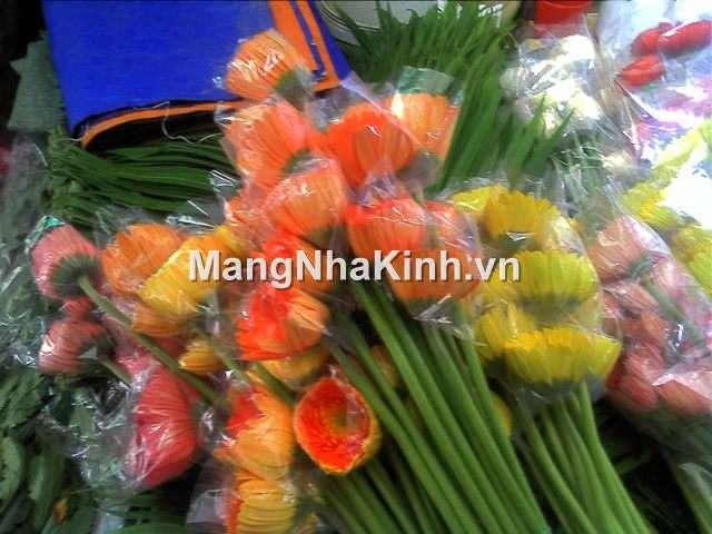 Chén đỡ hoa đồng tiền, hoa cúc kim cương (chém mềm, chén lỗ kim)